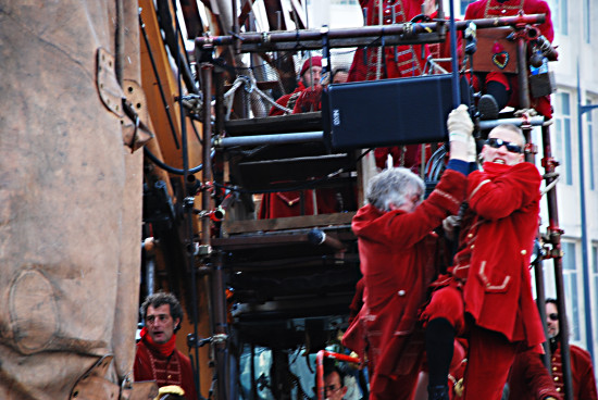 giant spectacular sea odyssey liverpool cai lilliputian diver