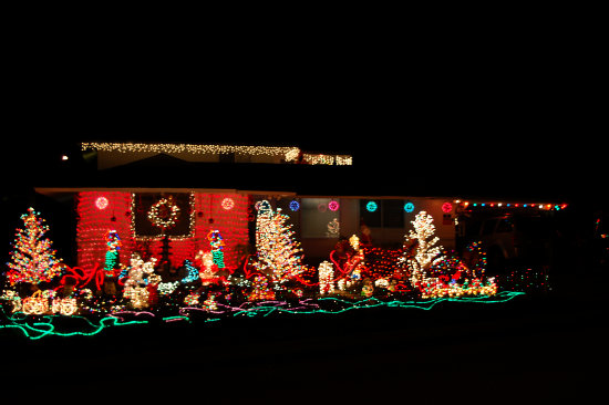 Christmas in Hawaii My first try at night shots at Christmas. These two are the only ones that c...