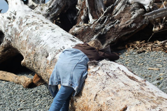 I like this one, me in action heehee ...taken by Londi of course :)  Hoh River expedition 4/1...