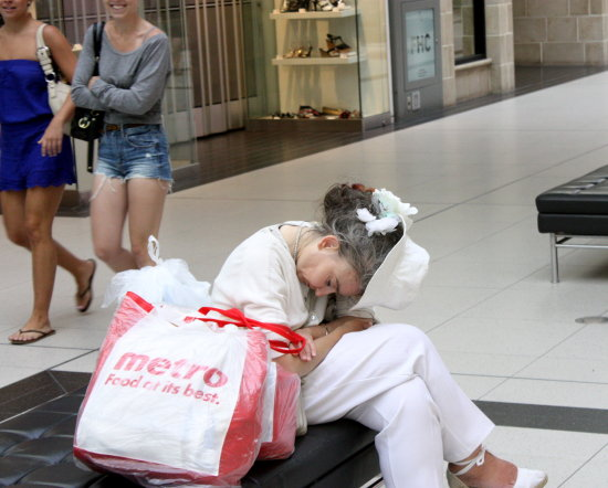 shopping lady napping
