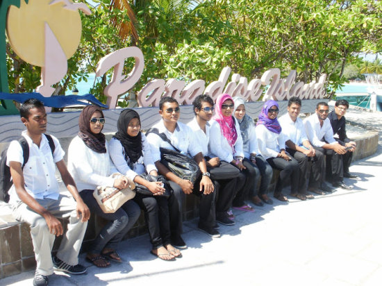 Industrial Visit to Paradise Island Resort Maldives By DiHRM3 from IIPD
