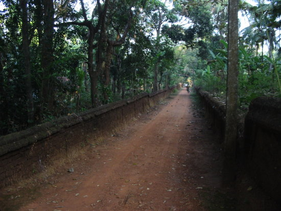 Approach Road Kerala