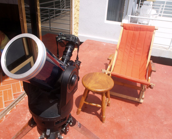 SO HERE IT IS AGAIN.  FRONT VIEW THIS TIME. TAKE VERY SPECIAL NOTICE AT THE SOLAR FILTER UP FRONT...