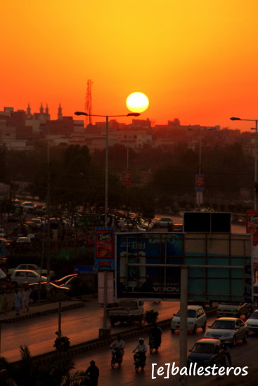 sunset in karachi