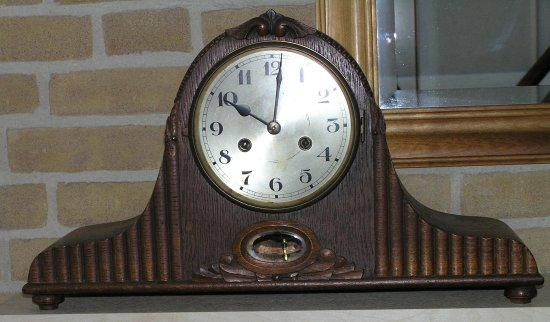 Memoryfriday Clock