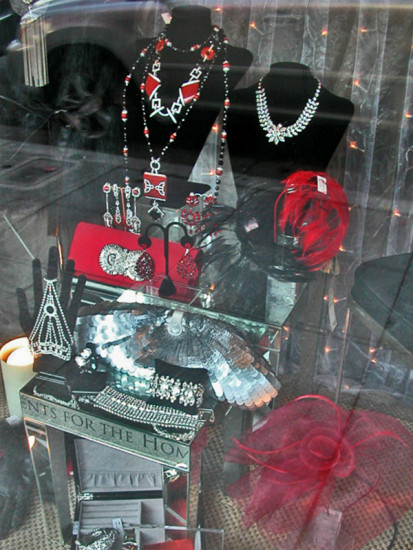 gifts jewelry window shopfph jewelryfph reflections