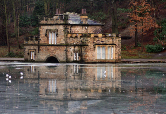 newmillerdam boathouse