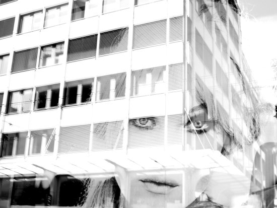 portrait bw reflection women model