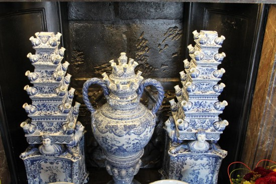 england chatsworth objects vases