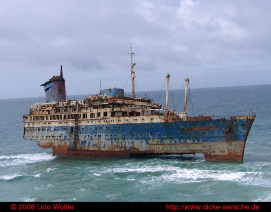 American Star ghostship beach Strand Geisterschiff sea ocean ship