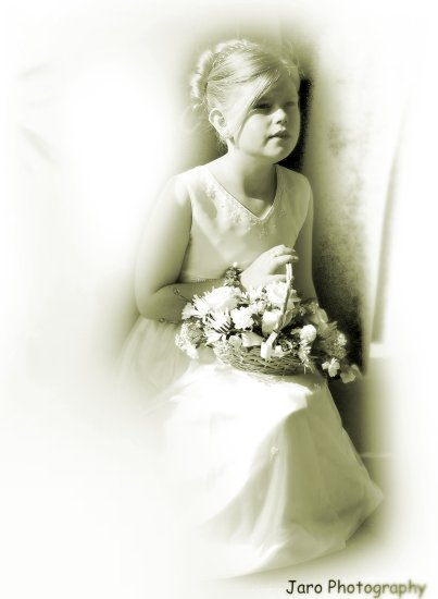 children kids portraits white wedding girl boy flowers jaro photography