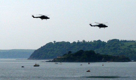 helicopters drakes island plymouth sound