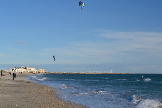 france kitesurf amazing jump