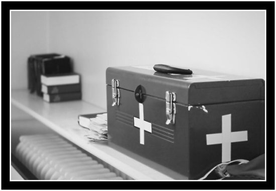 Box White Church Connecticut Medicine Cross Digital 300D Canon califfoto