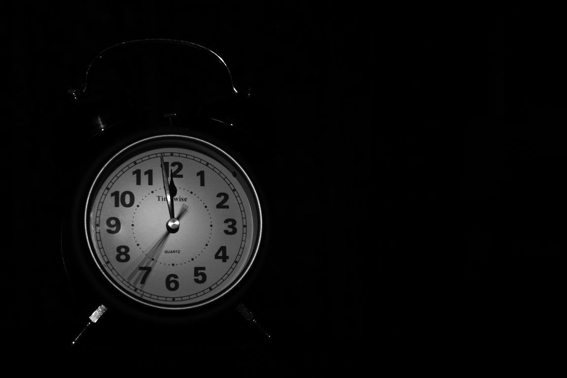 Minute midnight clock second time bw