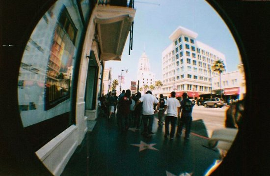 skaters en hollywood blvd.