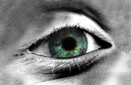 Blue Eye Photoshop