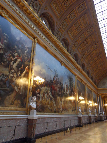 versailles statues paintings