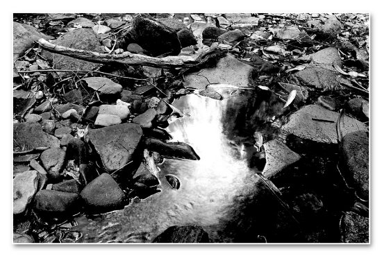 creek yonghan mountain river bw