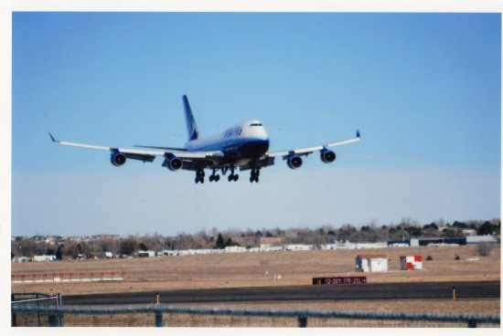 united 747-400 landing in colorado springs,co. military charter with troops from fort carson,co. ...