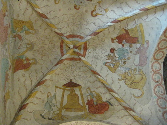 detail church Lohja chulkpainting painting myhometownfriday ceiling