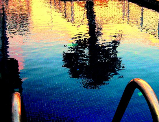 piscina bcn barcelona water lupionstyle blue reflection