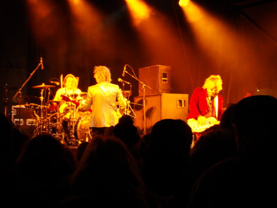 At 7:38pm-Phatinum Blonde-I forgot this photo-On Friday,Nov.23,2012 :Note-Ooops-I forgot about th...