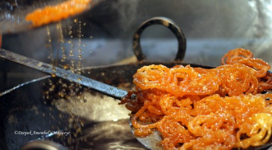 hot jalebis mussoorie indian sweet