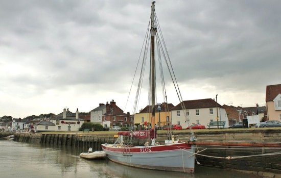 A boat at the quayside at Row Hedge in Essex