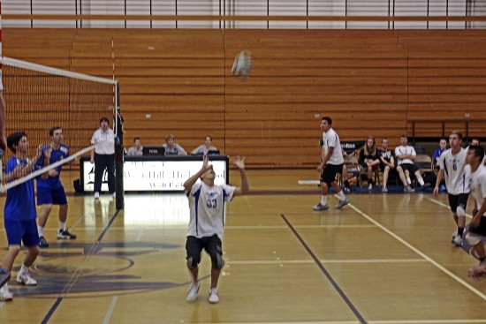 Matthew is on the High School Volley Ball Team. Thought I'd so a few foto,s
