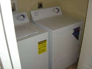 LAUNDRY ROOM OUTSIDE MASTER FLORIDA GULF COAST RENTAL