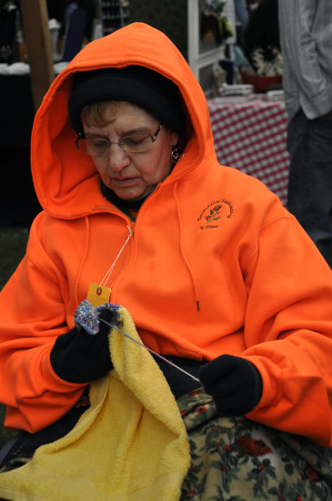 upstate newyork road lafayette apple festival knitting woman lady