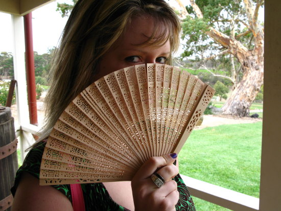 wedding fan canon g7 winery