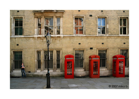 london redundant red phone boxes and mobile phone