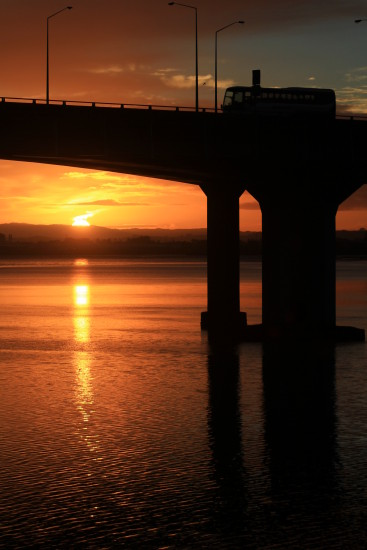 mangere bridge sunrise
