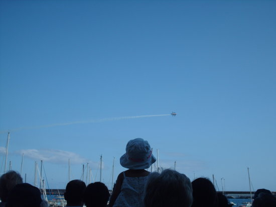 2008 portugal madeira funchal 500th anniversary celebrations jets stunts sky