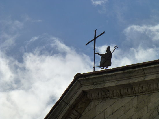 churchsunday montepulciano 2012 weather vane