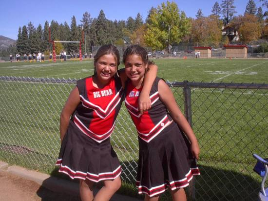 Lina, Michelle..The Cheerleader squad..:)