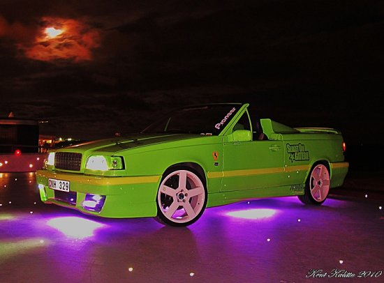 Moon Nightlight Volvo 850 cab green Sweden 2010 August Vallakra Helsingborg