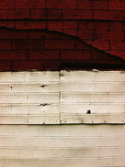 wall urban alley shingle red white