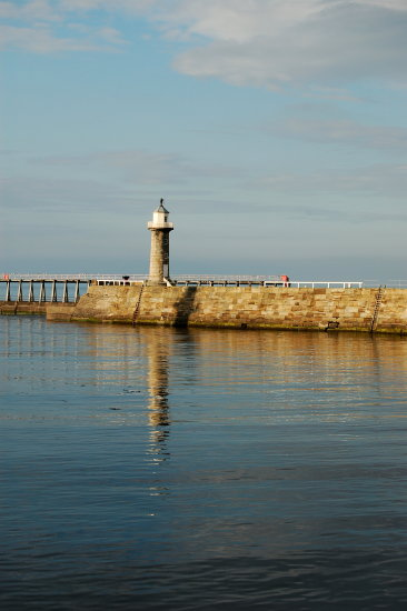 whitby east pier lighthouse north yorkshire