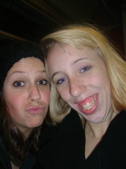 smiiLe! Me and my friend :D .. drunk? jess..