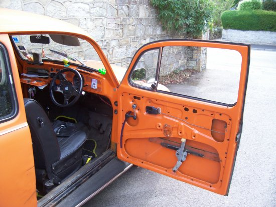beetle VW vwbug vwbeetle broken orange car door