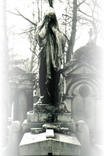 goth sculpture blackwhite paris cemetary