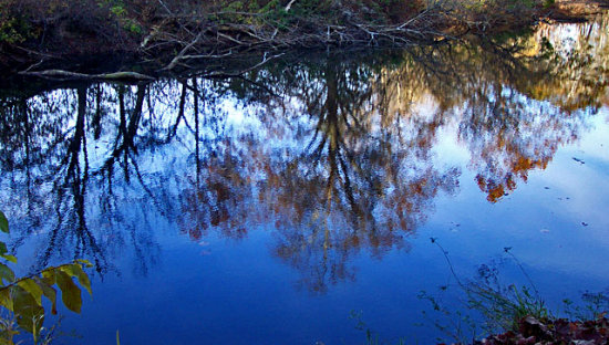 otis reflection creeks water blue ohio