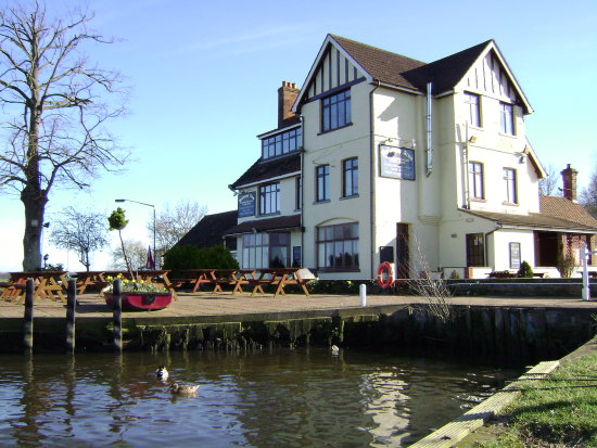The Beauchamp Arms pub on the Norfolk Broads, England