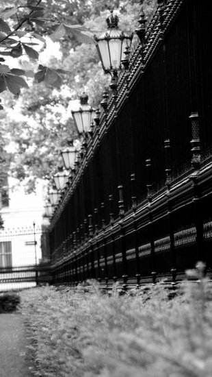 architecture reflection fence bw