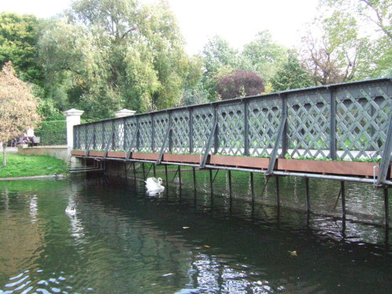 bridge quiet water Regents Park London