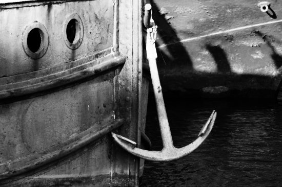 anchor boat bw
