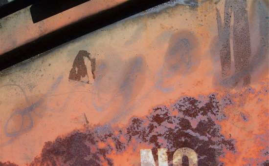 rust corrosion decay color texture detail macro dumpster